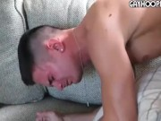 Cinque gay versatili sexy e cazzuti in una orgia spettacolare